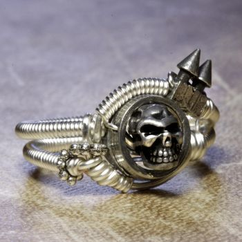 cyber skull Ring by CatherinetteRings