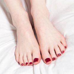 Betty Red's Toes by MTL3