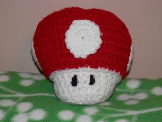 Crocheted Super Mushroom 2 by sailorharmony2000