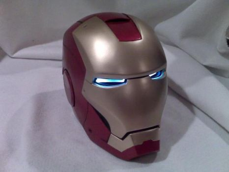 Iron Man helmet by dragostat2