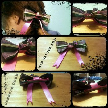 Mad Hatter Bow by CraftyNessi