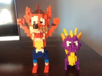 Crash And Spyro Microblocks Figures by MrsSpyro01