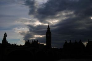Londres duerme by XdarkXnightmare