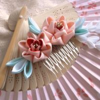 Pink peony comb kanzashi by elblack