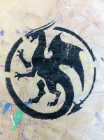 Circle Dragon Stencil by daidaishar