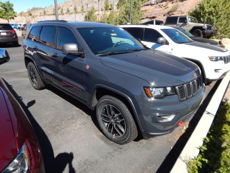 2017 Jeep Grand Cherokee Trailhawk by CadillacBrony
