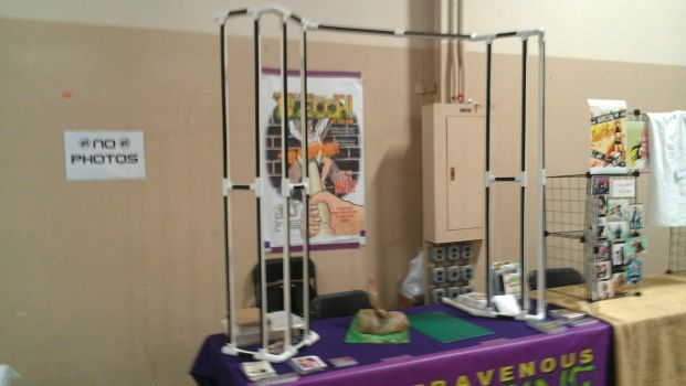 Artist Alley Setup--Velcro on PVC Pipe by GregoriusU