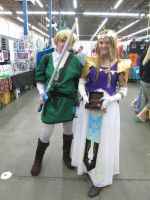 Link and Zelda cosplay by videogameking613