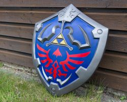 Hylian Shield by LittleWikis