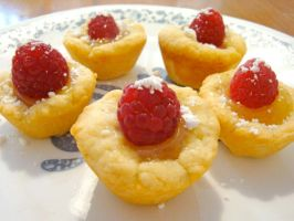 Raspberry Tartlets with Lemon Curd by Cassandrina