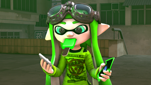 Human phone or inkling phone ? by MaekaENDERFOX35