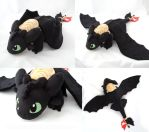 Toothless with saddle by PlanetPlush