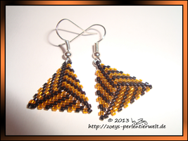 earrings triangles4 by Zoey-01
