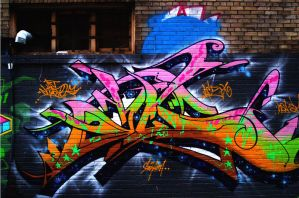 Graffiti - 2 by flower-of-carnage