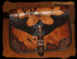 leather shoulder bag pirate by Lagueuse