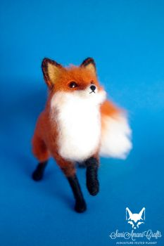 Red fox VIII b by SaniAmaniCrafts