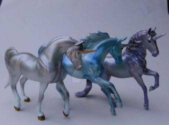 breyer unicorns by OTlover