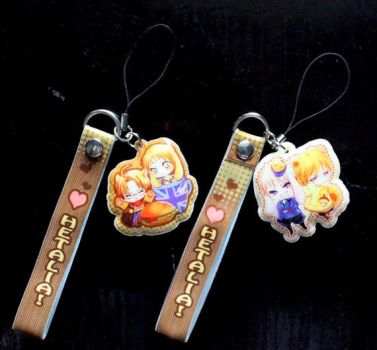 free cell phone charm, photos by jiuge