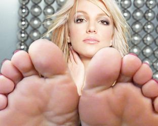 Britney spears soles by Pikachu1up