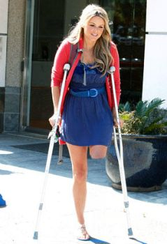 LAK girl walk on crutches by sophiecalls