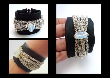 Black bracelet with byzantine by Laurelis