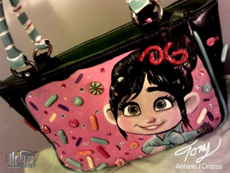 Schweetz Purse by AOZcouture