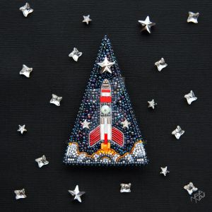 Space Rocket - beaded brooch with Swarovski by nayanavi