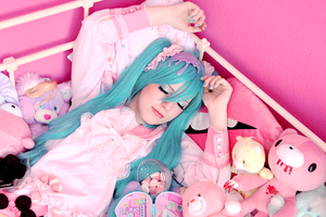 Hatsune Miku - LOL - 3 by YUUser
