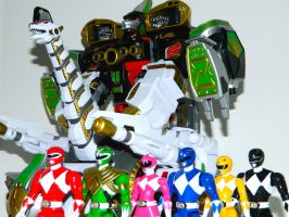 Rangers and Ultrazord 3 by LinearRanger