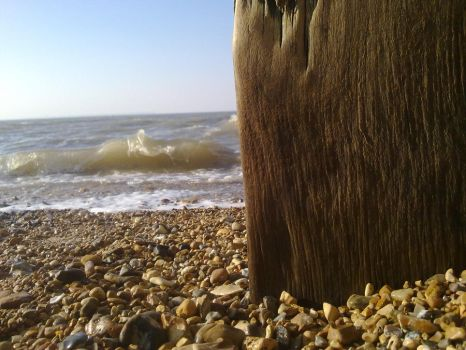 The sea against the pier by chloexlolx