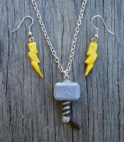 Thor's Hammer (Mjolnir) Necklace and earrings set by geeekalicious
