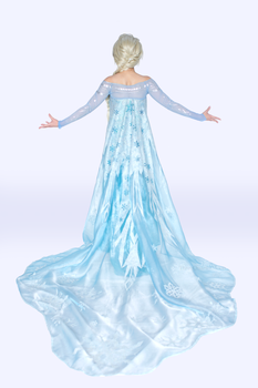 Queen Elsa 2 by Bria-Silivren
