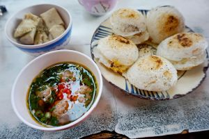 Banh can - Vietnamese cuisine by vungoclam
