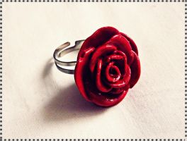 Red Rose Ring by Cateaclysmic