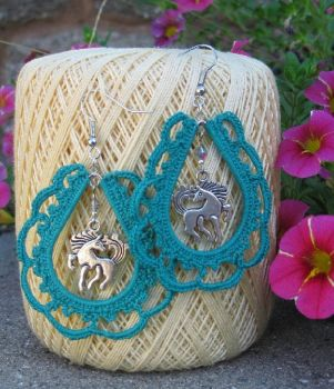 Western Paisley Style Crocheted Earrings by crazynina