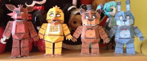 FNAF Papercraft [FINISHED] by Jany-chan17