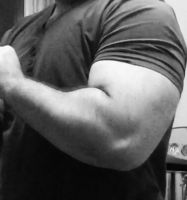bigger arms by top-heavy