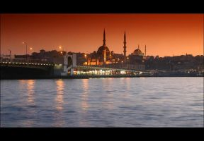 Istanbul nights by volkanersoy