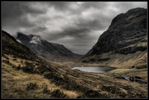 Glen Coe Valley by davidbridges