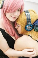 Rin and Luka: Magnetic Love by xxEtsuko