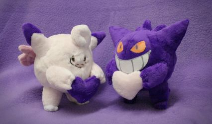 Valentine's day lovely duo : Gengar and Clefable by Peluchiere