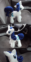 Rarity Plushie by Azedo