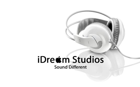 iDream Studios Wallpaper by plutonash
