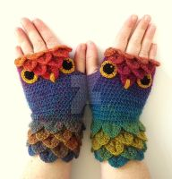 Jewels Owl Gloves by FearlessFibreArts