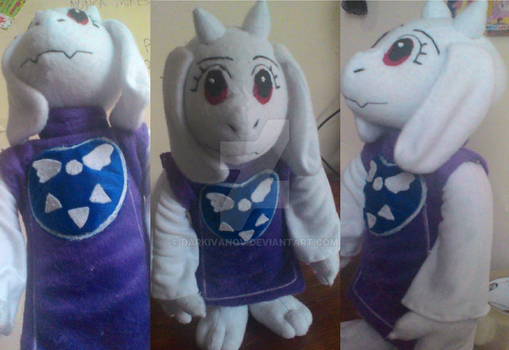 Toriel from UNDERTALE by DarkIvanov
