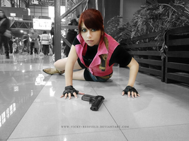Claire Redfield cosplay by VickyxRedfield