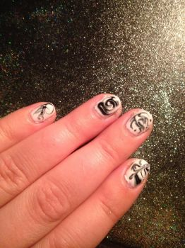 Marble nails by Tobyana