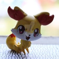Fennekin LPS custom by pia-chu