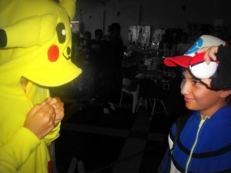 Ash and Pikachu-Cosplay by leoncilo99