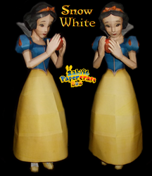 Snow White Papercraft by Sabi996